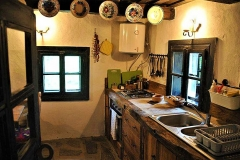 adelaparvu.com-despre-Casa-Mica-Breb-Village-Hotel-Breb-Romania-foto-Duncan-Ridgley-3