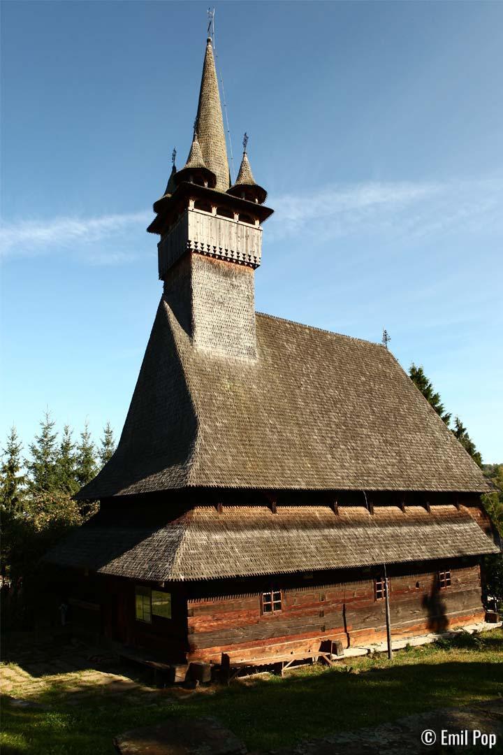 Biserica-Budesti-Josani-Emil-Pop
