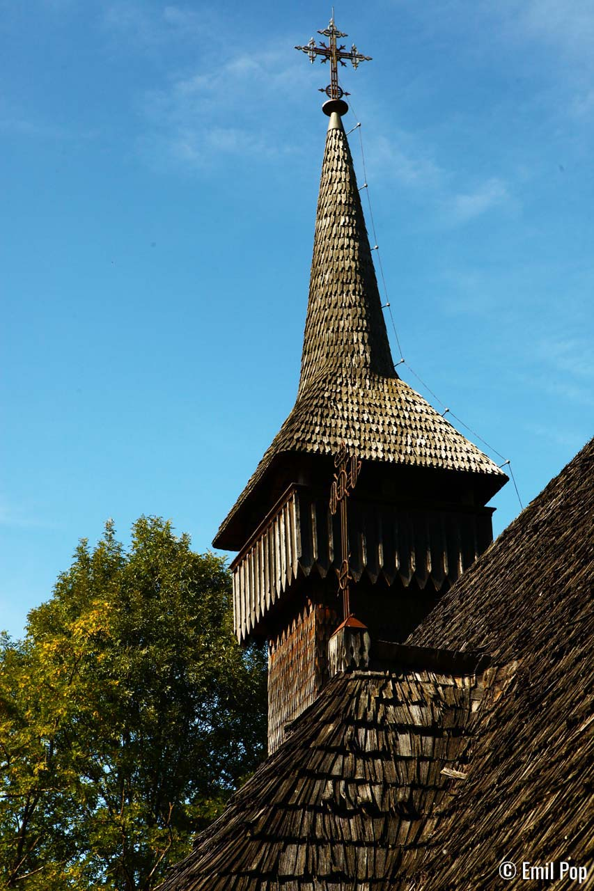 Turn-biserica-Breb-Emil-Pop
